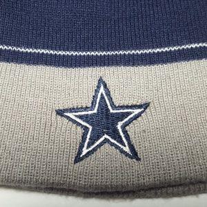 7b7febb5d Reebok Accessories - Vintage Dallas Cowboys Reebok Skull Cap Beanie EUC